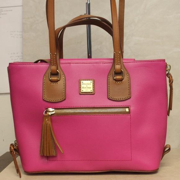 Dooney & Bourke Handbags - Dooney Bourke Side Zip Tote Shoulder Bag